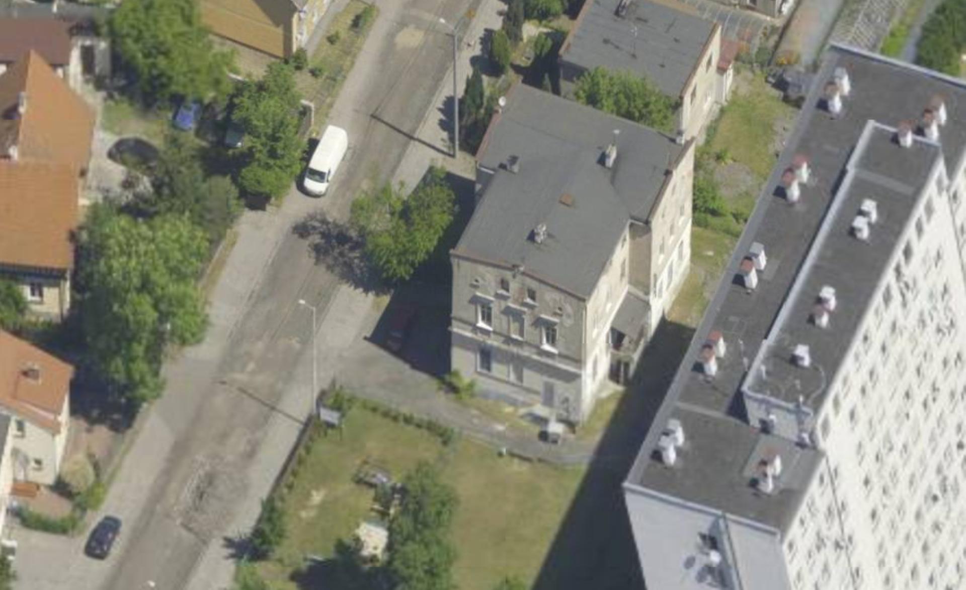 Wrocław: Zabytkowy budynek sprzed osiemdziesięciu lat trafił w prywatne ręce. Było sześciu chętnych