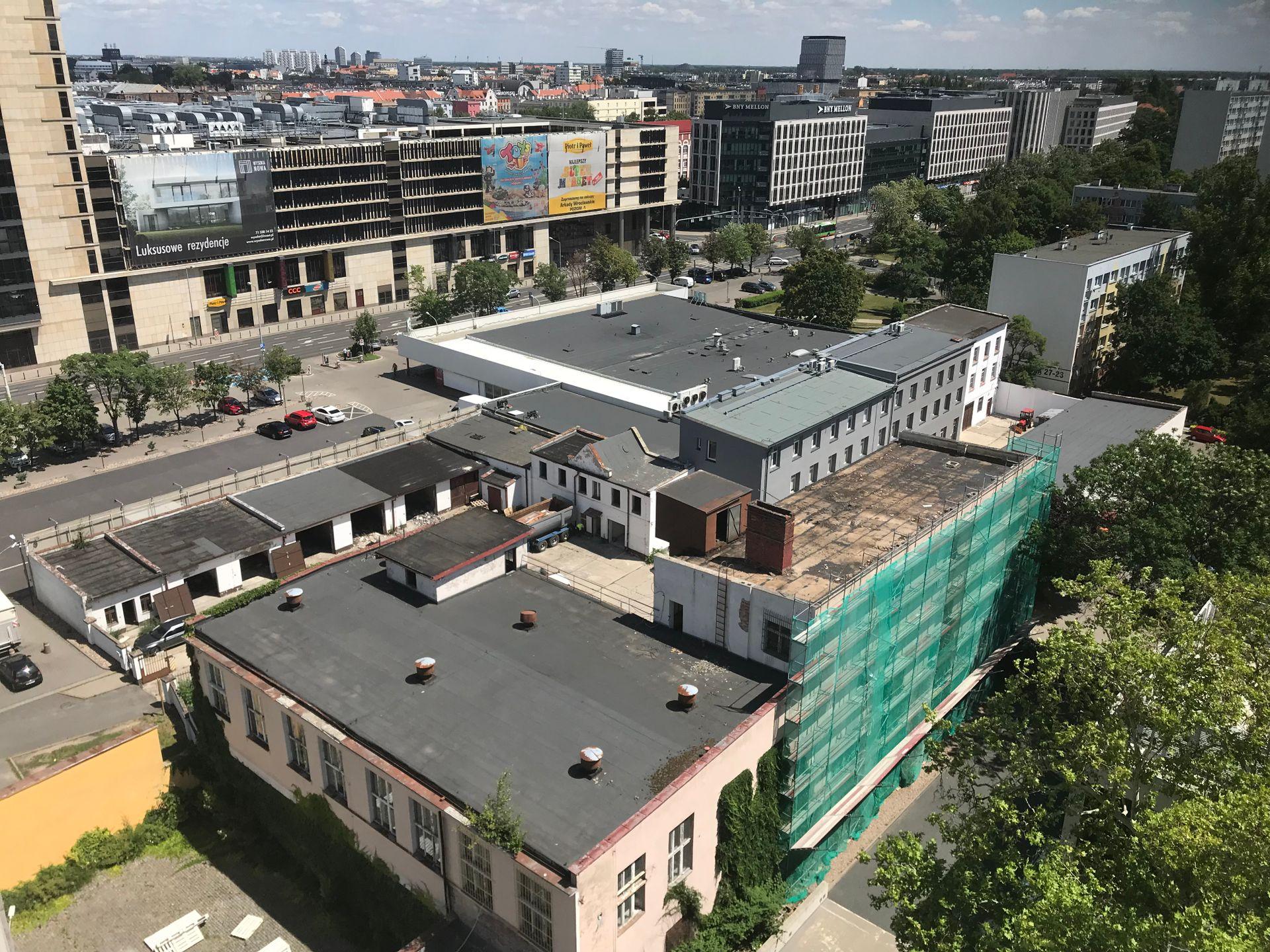 Wrocław: JW Construction miał tu postawić hotel. Sprzedał grunt, a spółka właściciela Epi na razie burzy