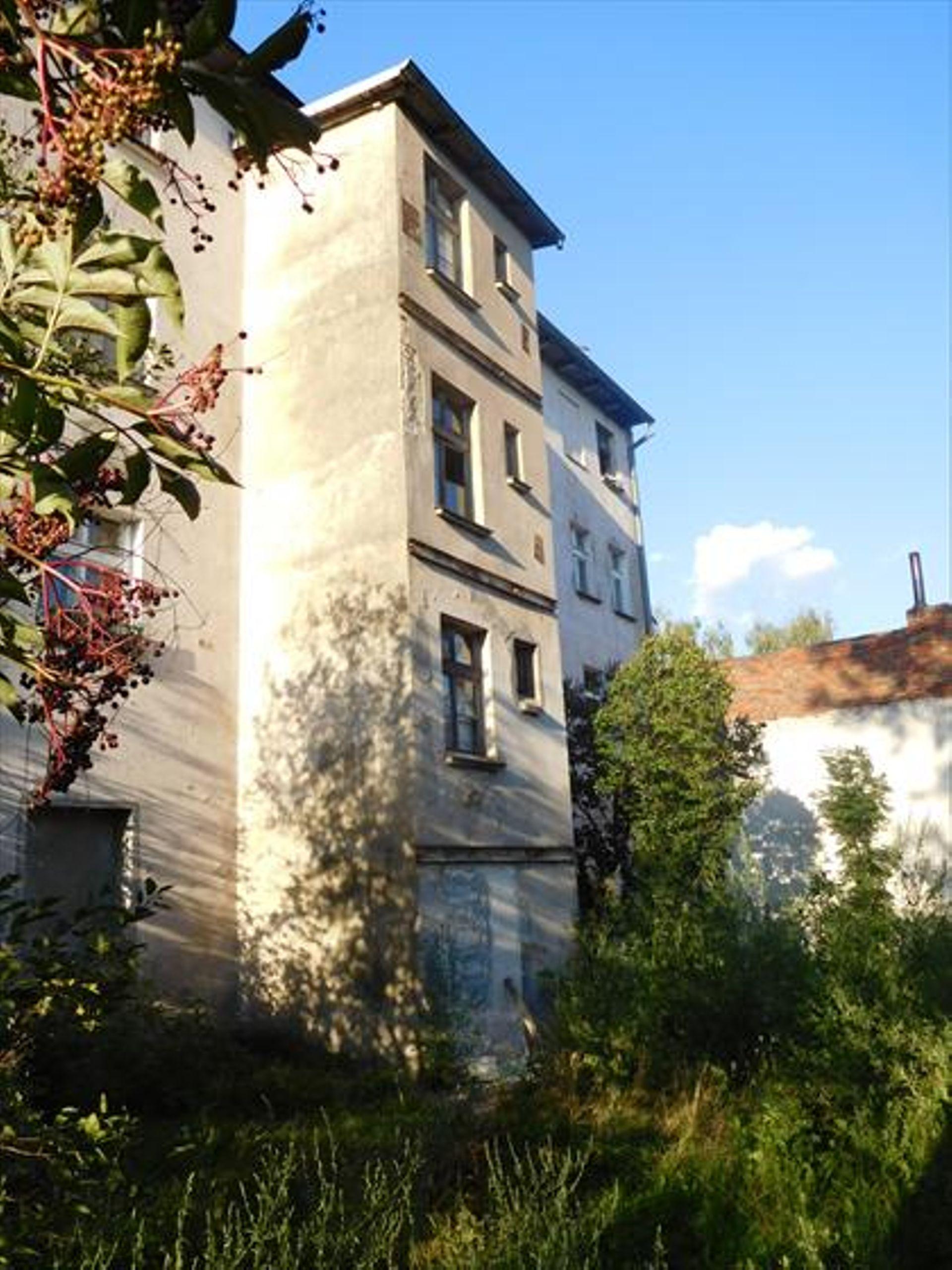 Wrocław: Zabytkowa kamienica w Leśnicy trafiła w prywatne ręce. Są zalecenia konserwatora