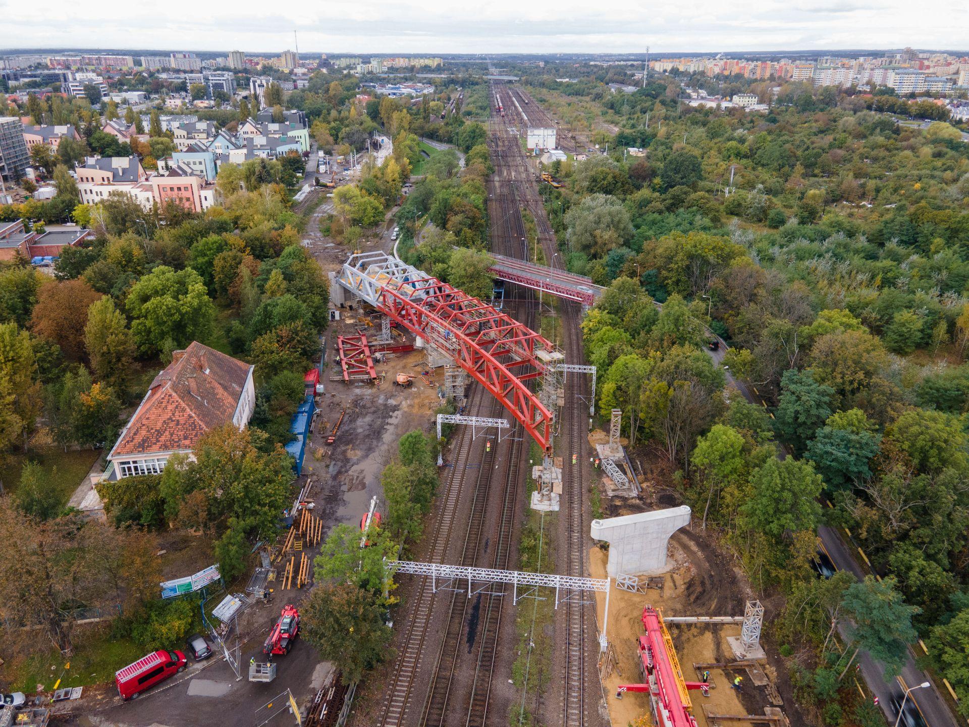 Wrocław: Trwa budowa trasy autobusowo-tramwajowej na Nowy Dwór (ZDJĘCIA + FILM)