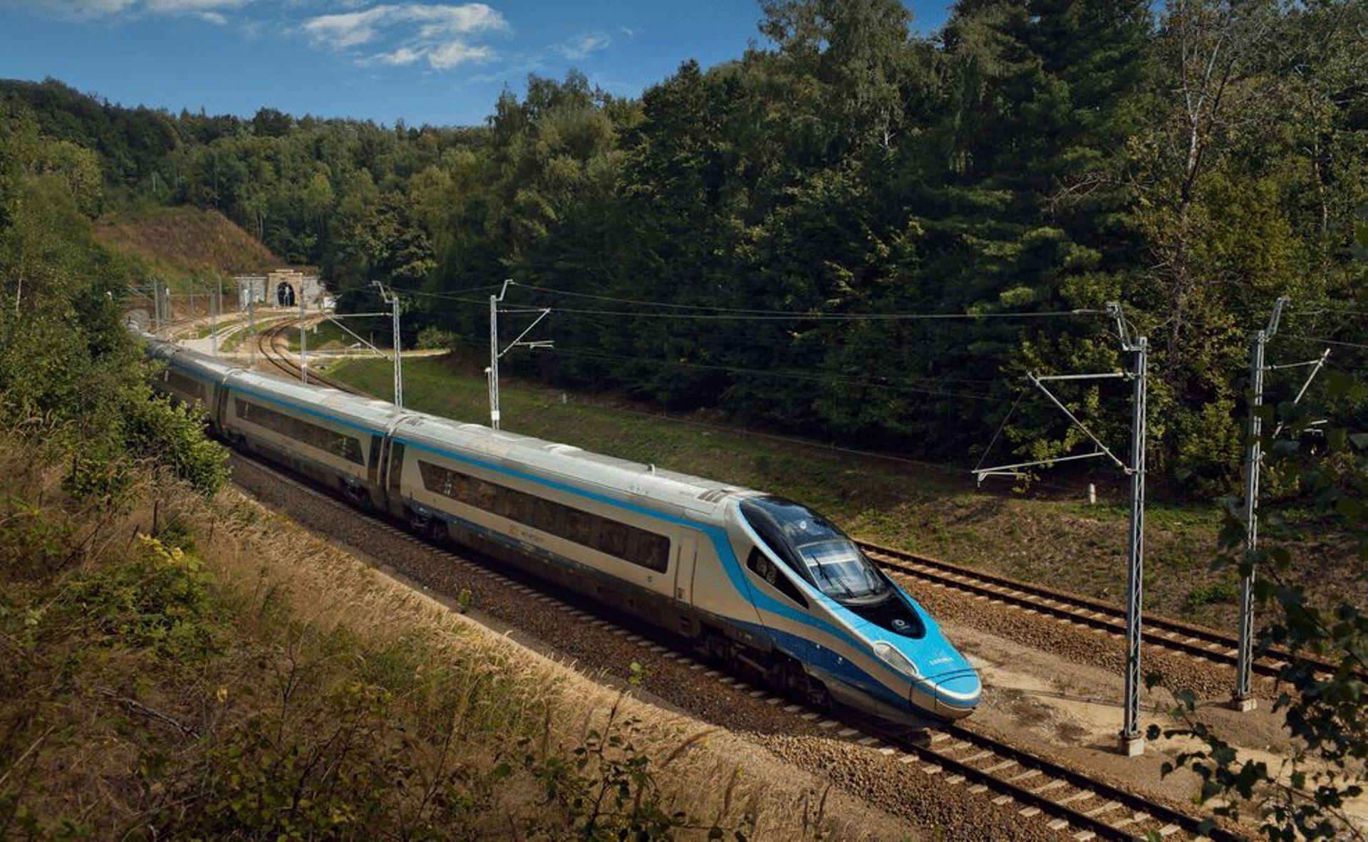 W dwie i pół godziny koleją z Wrocławia do Pragi? Powstanie nowa linia dużych prędkości