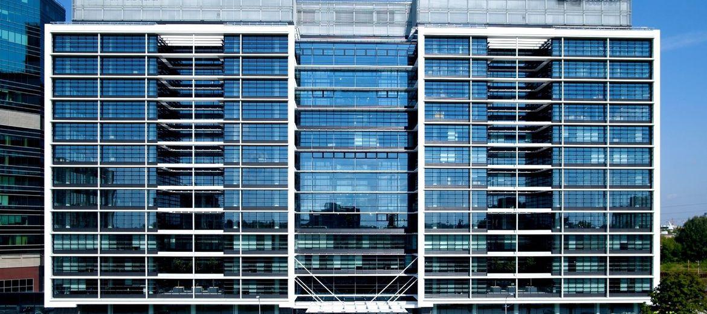 Eurocentrum Office Complex przyciąga