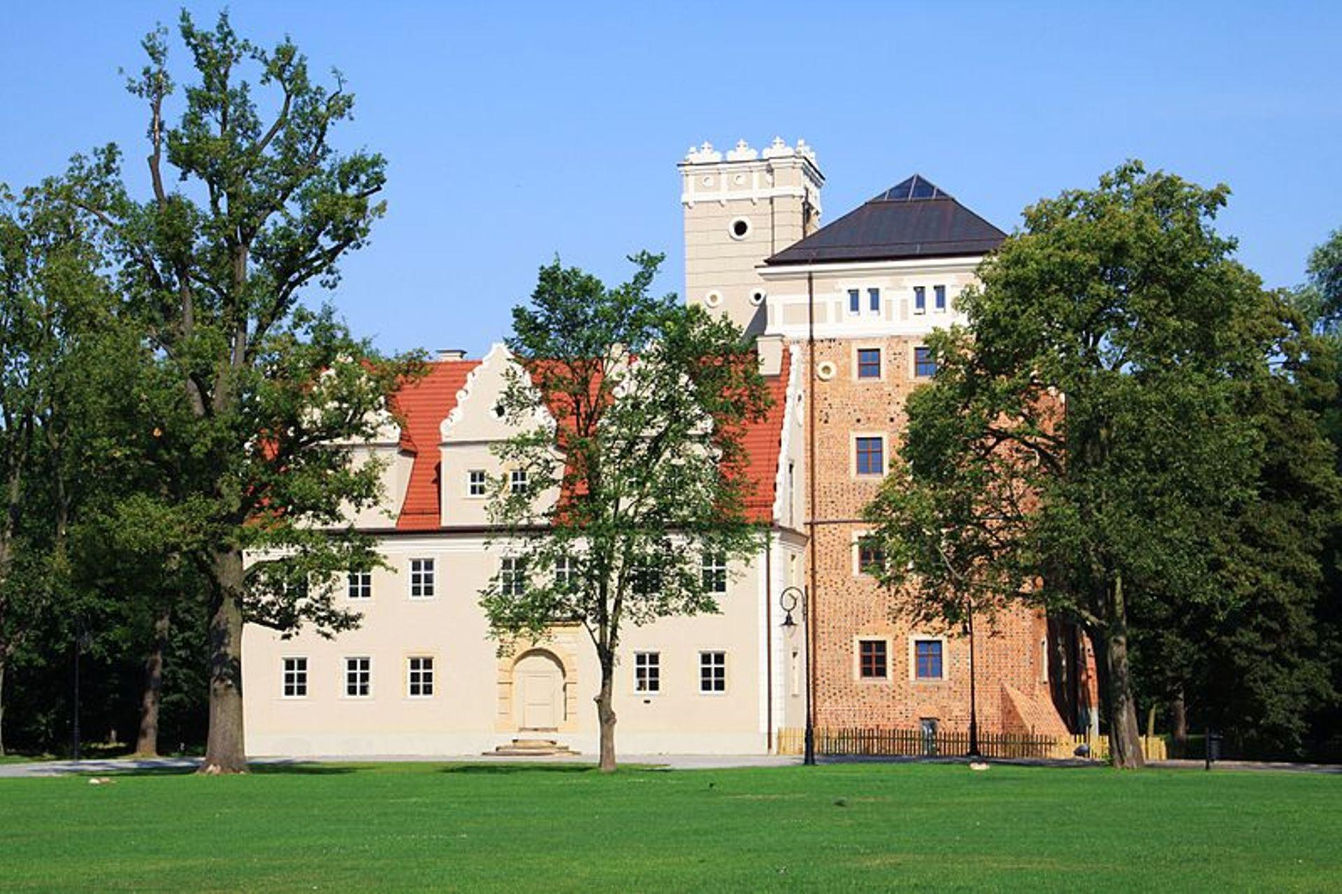 Aglomeracja Wrocławska: Zamek Topacz planuje nowe inwestycje. Hotel na zamku będzie większy