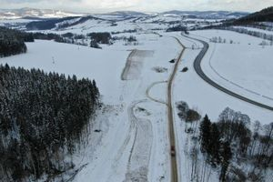 Co się dzieje na budowie trasy S3 pomiędzy Kamienną Górą i Lubawką? [FILM]