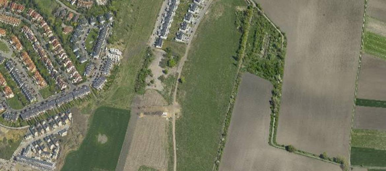 Teren, na którym ma powstać nowe osiedle domów jednorodzinnych na wrocławskich Wojszycach (foto: ukosne.gis.um.wroc.pl)