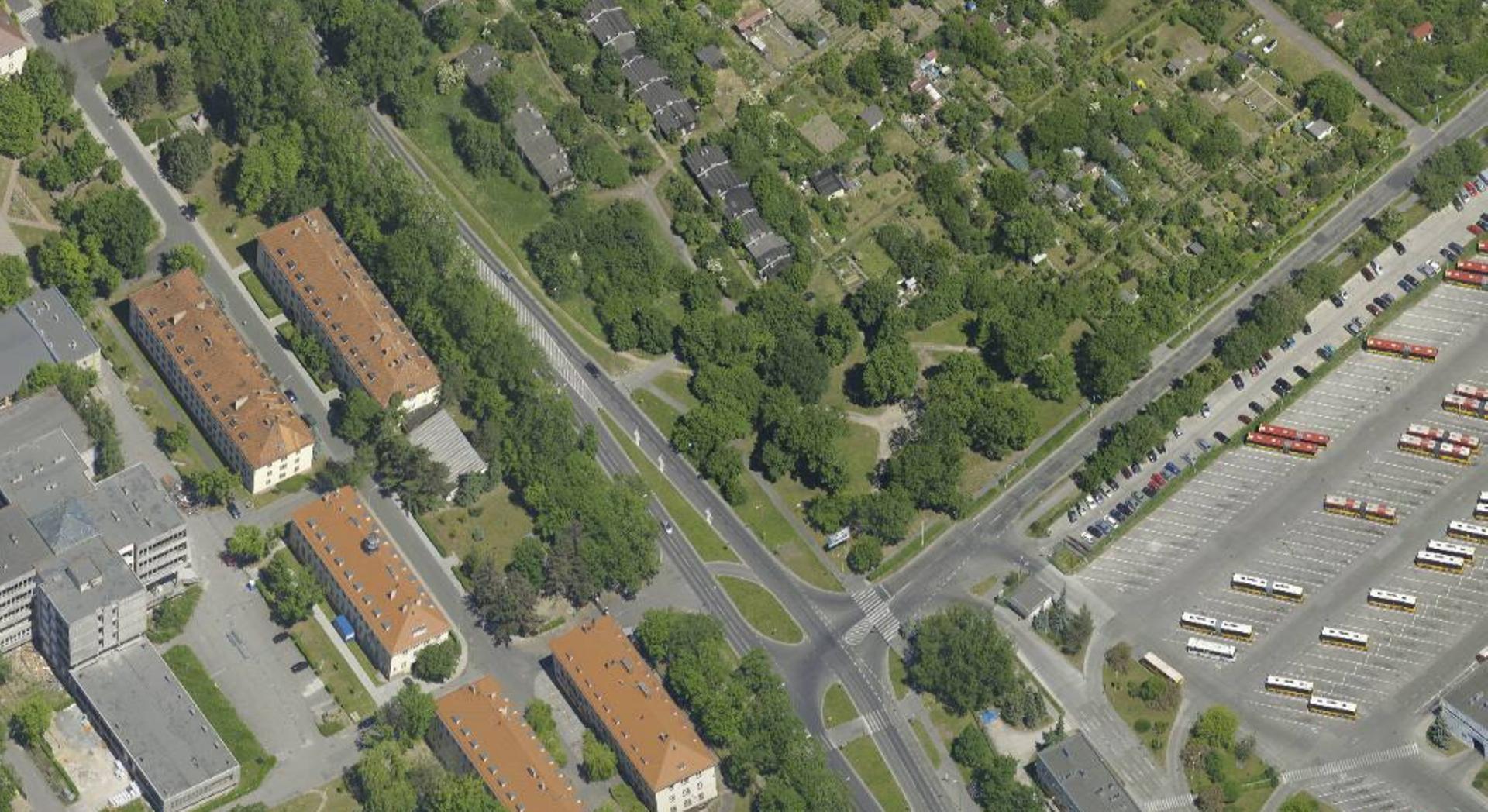Wrocław: Blisko hektar miejskiej ziemi na Różance trafi pod młotek. Będą wyburzenia