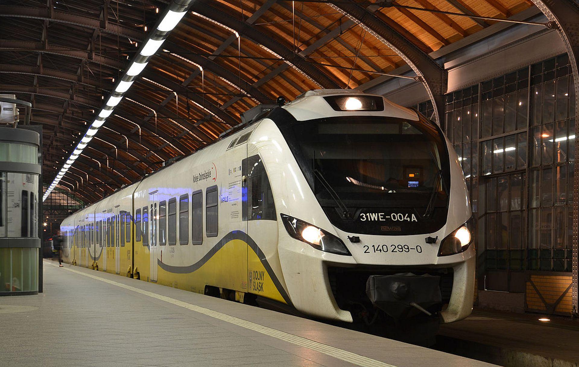 Dolny Śląsk: Koleje Dolnośląskie S.A. zbudują myjnię pociągów i nowe centrum logistyczne w Legnicy