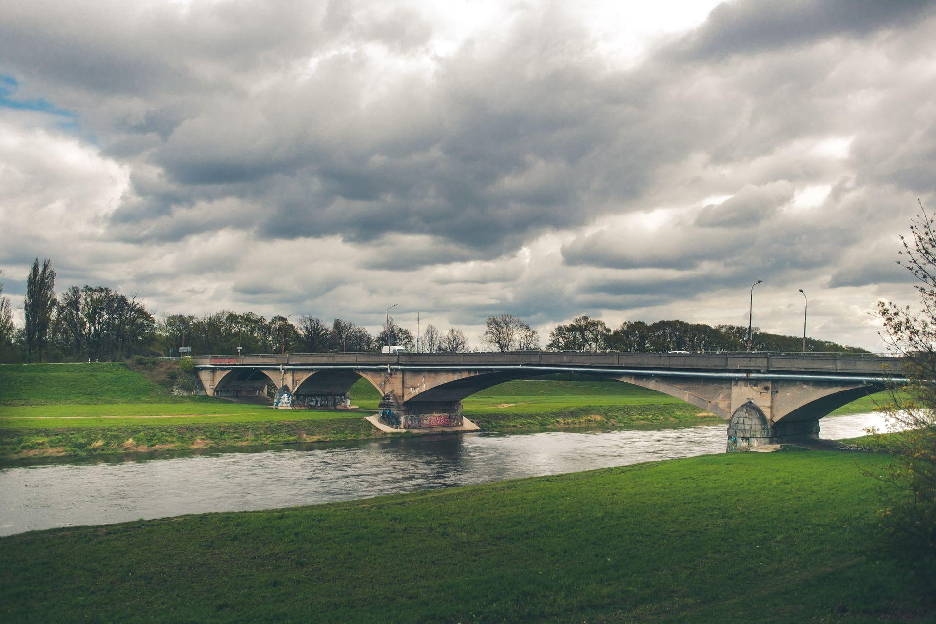 Wrocław: Prawie 90 milionów za nowe mosty Chrobrego? Jest tylko jeden chętny