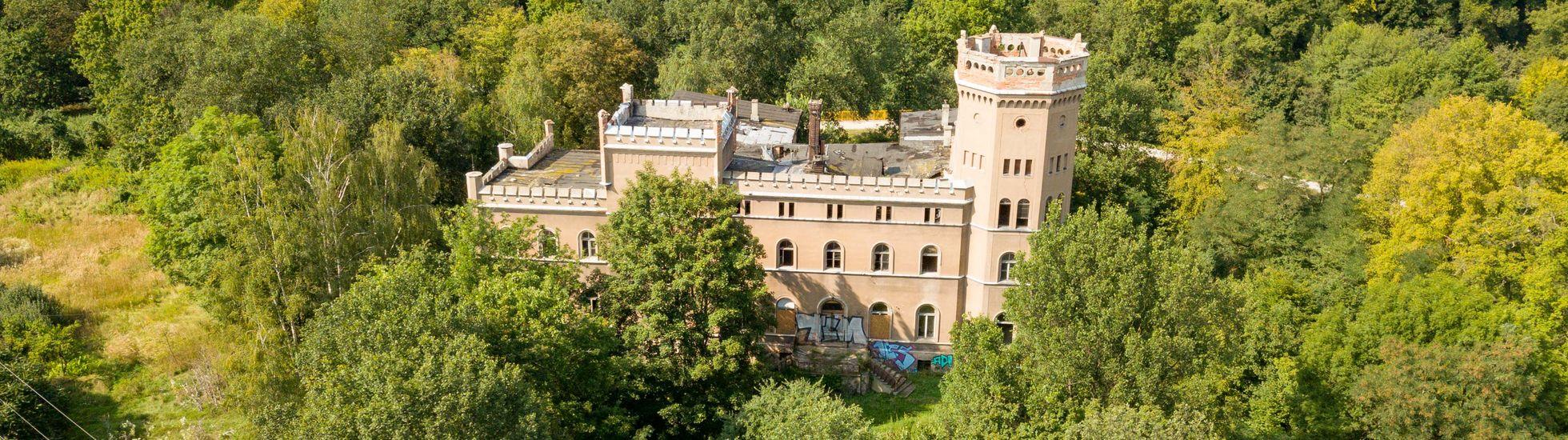 Wrocław: Zabytkowy pałac Stolbergów do kupienia. Jest wart miliony