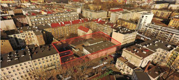 Miasto sprzedało atrakcyjną działkę tuż obok Dworca Głównego PKP [ZDJĘCIA]
