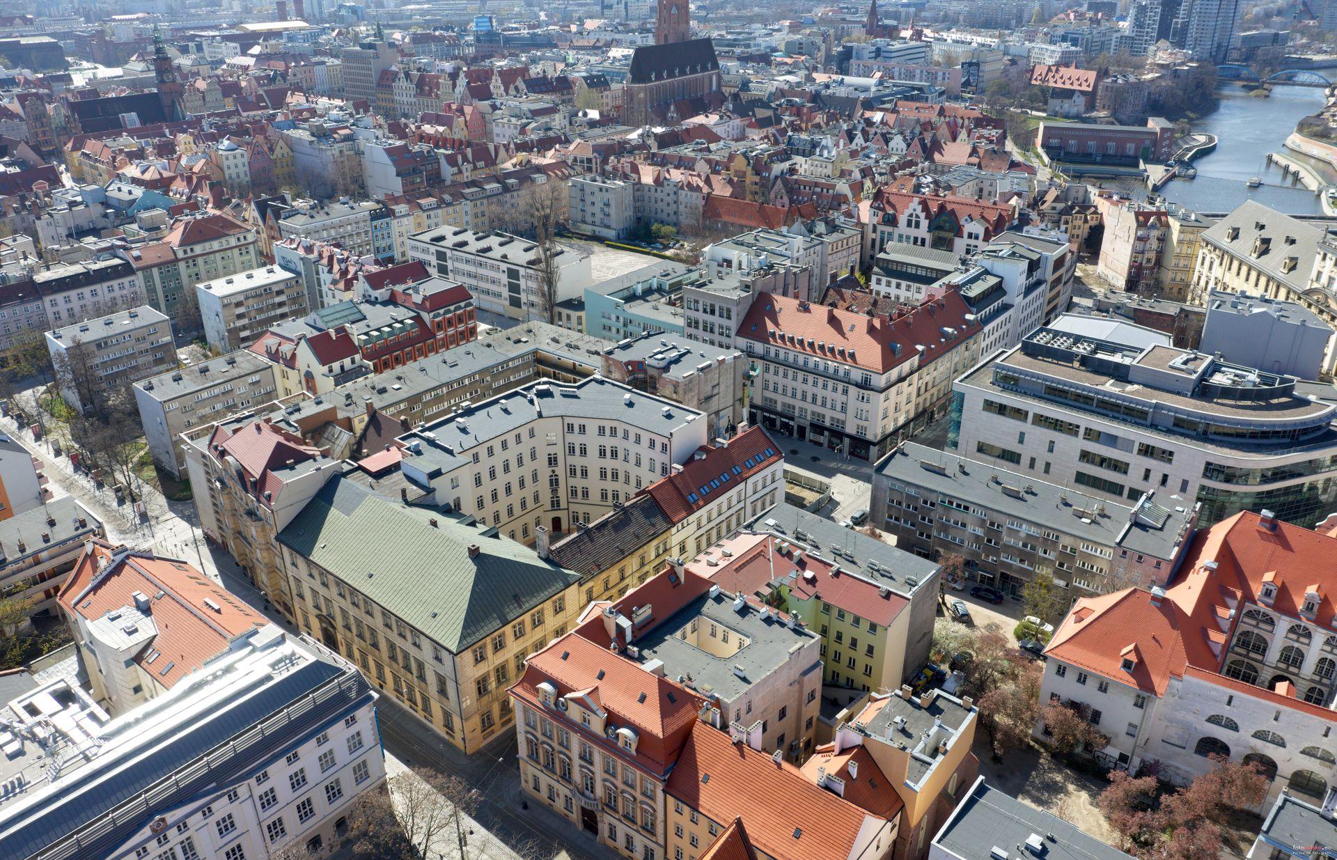 Remont zabytkowego pałacu na finiszu. Uniwersytet Wrocławski płaci prawie 20 milionów