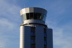Kraków: Nowa wieża kontroli lotów pracuje pełną parą
