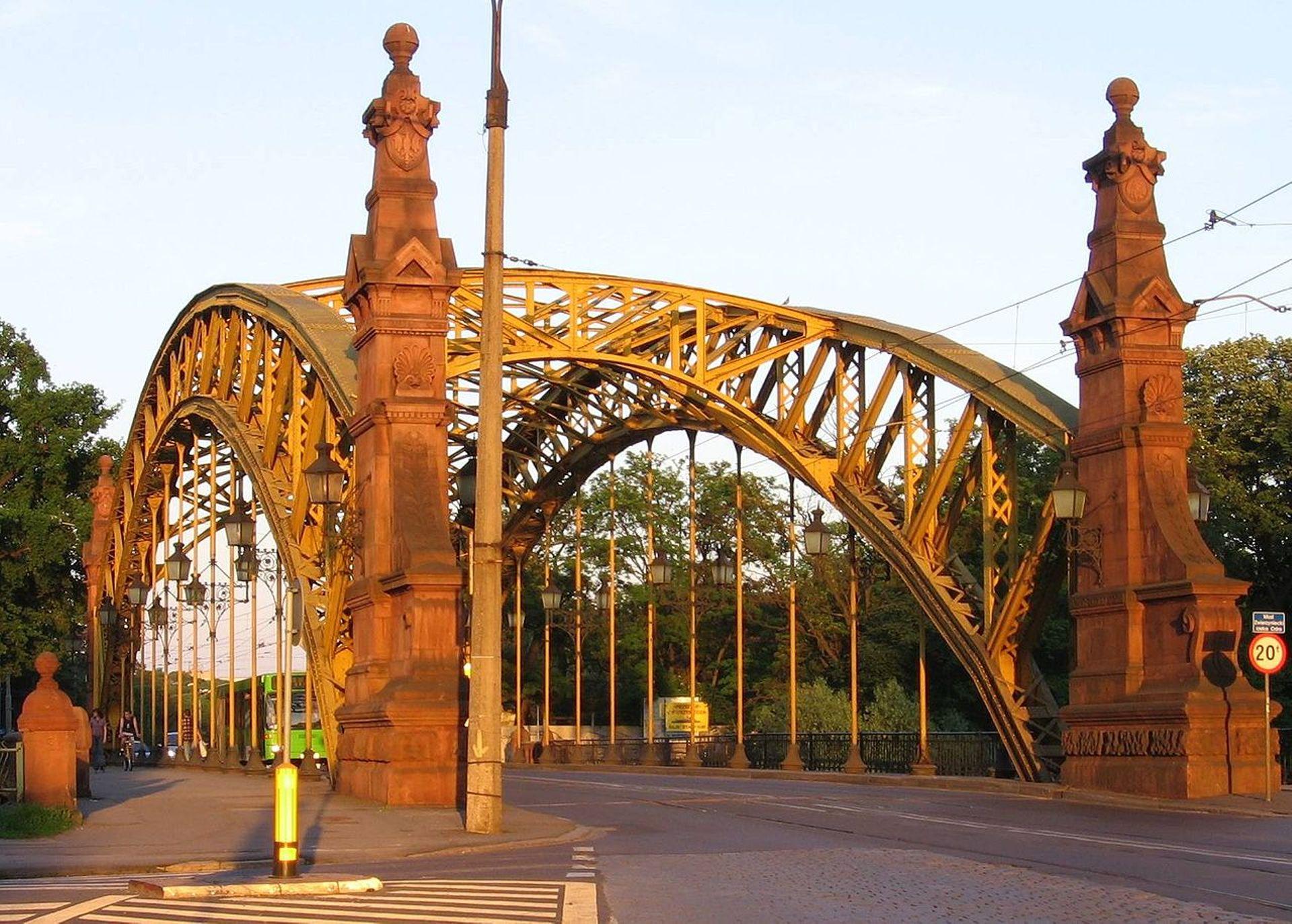 Trzy firmy chcą remontować most Zwierzyniecki we Wrocławiu