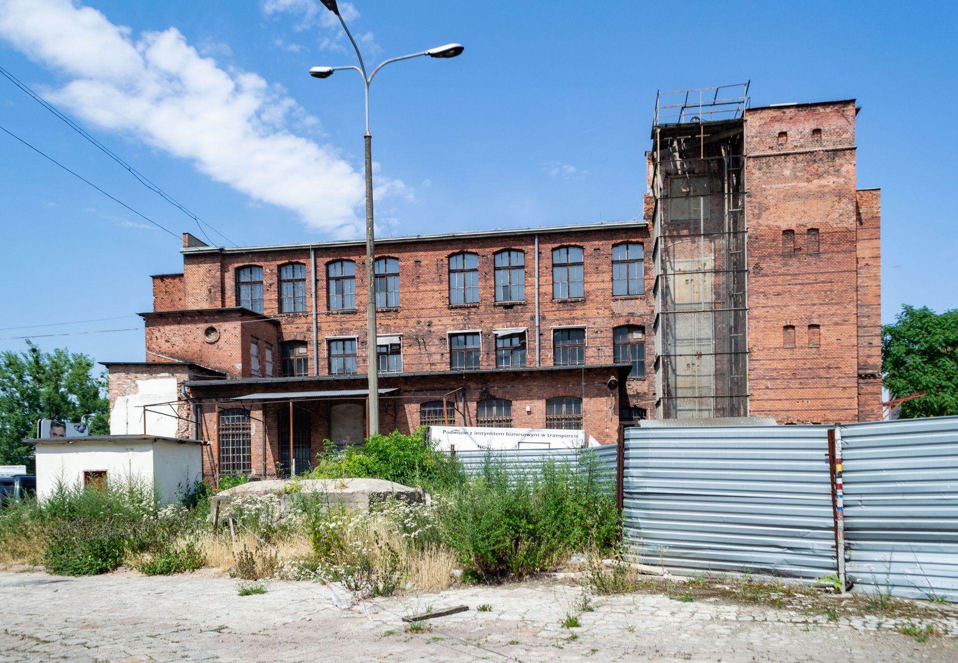 Wrocław: Cavatina zamieni dawną, zabytkową fabrykę w biurowiec. Do tego zbuduje nowy budynek