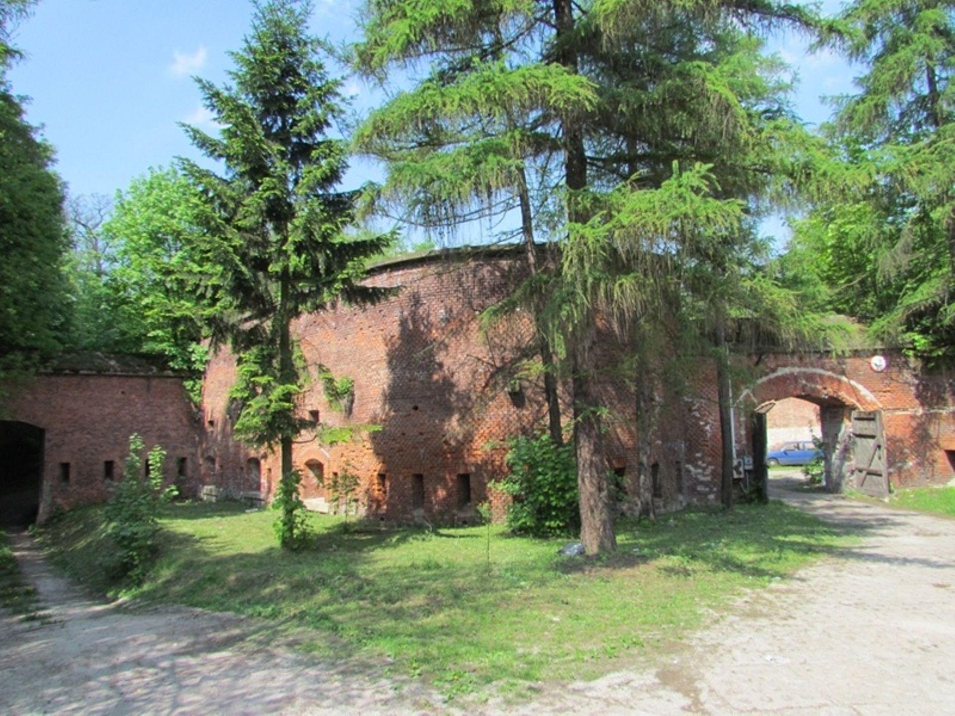 Kraków: Co z zabytkowym fortem w Bronowicach? Fiasko przetargu, choć chętni są