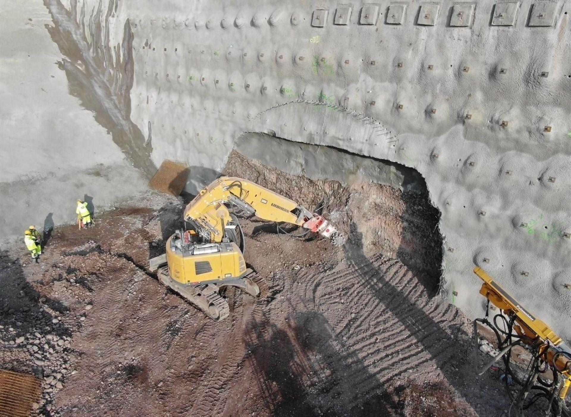 Rozpoczęło się drążenie tunelu na budowie trasy S3 na Dolnym Śląsku [FILM + ZDJĘCIA]
