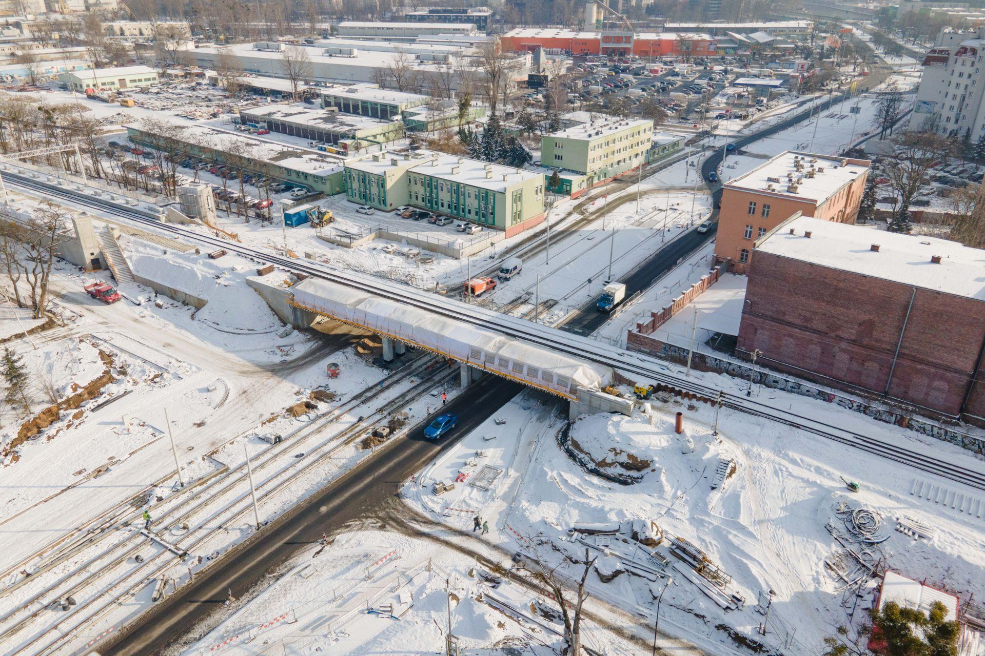 We Wrocławiu trwa budowa nowej trasy tramwajowej przez Popowice [FILM]