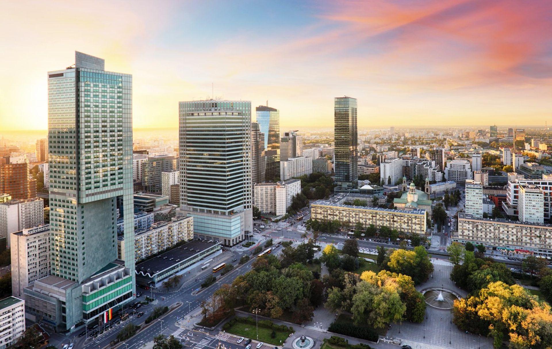 [Polska] Inwestorzy napływają do Polski