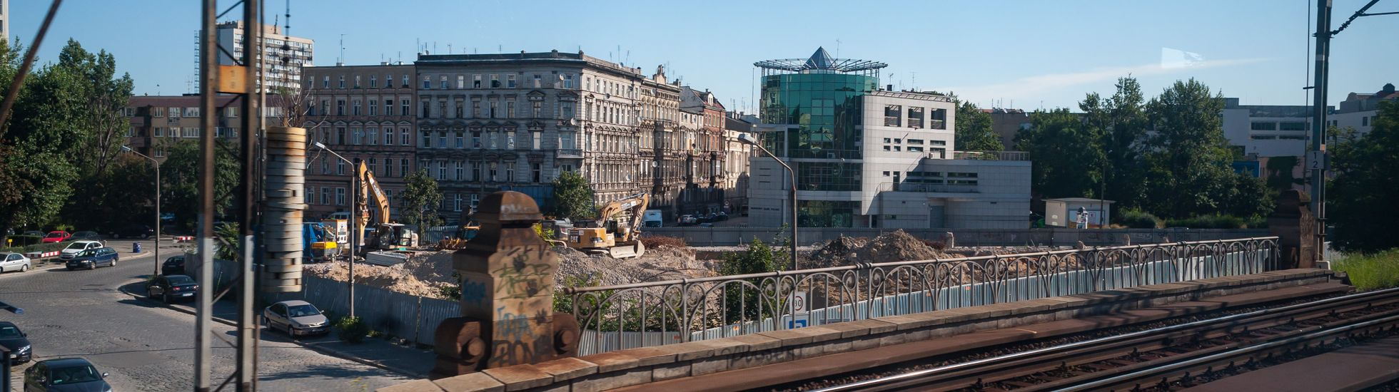 Wrocław: LC Corp wydaje przeszło 30 milionów na grunt po dawnym szkieletorze przy Kolejowej