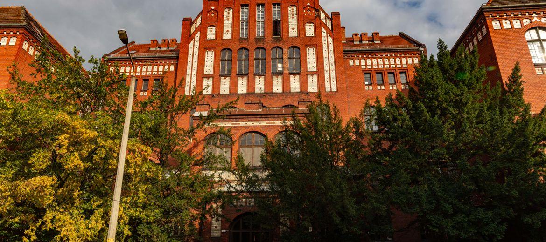 Wrocław: Zabytkowa szkoła muzyczna