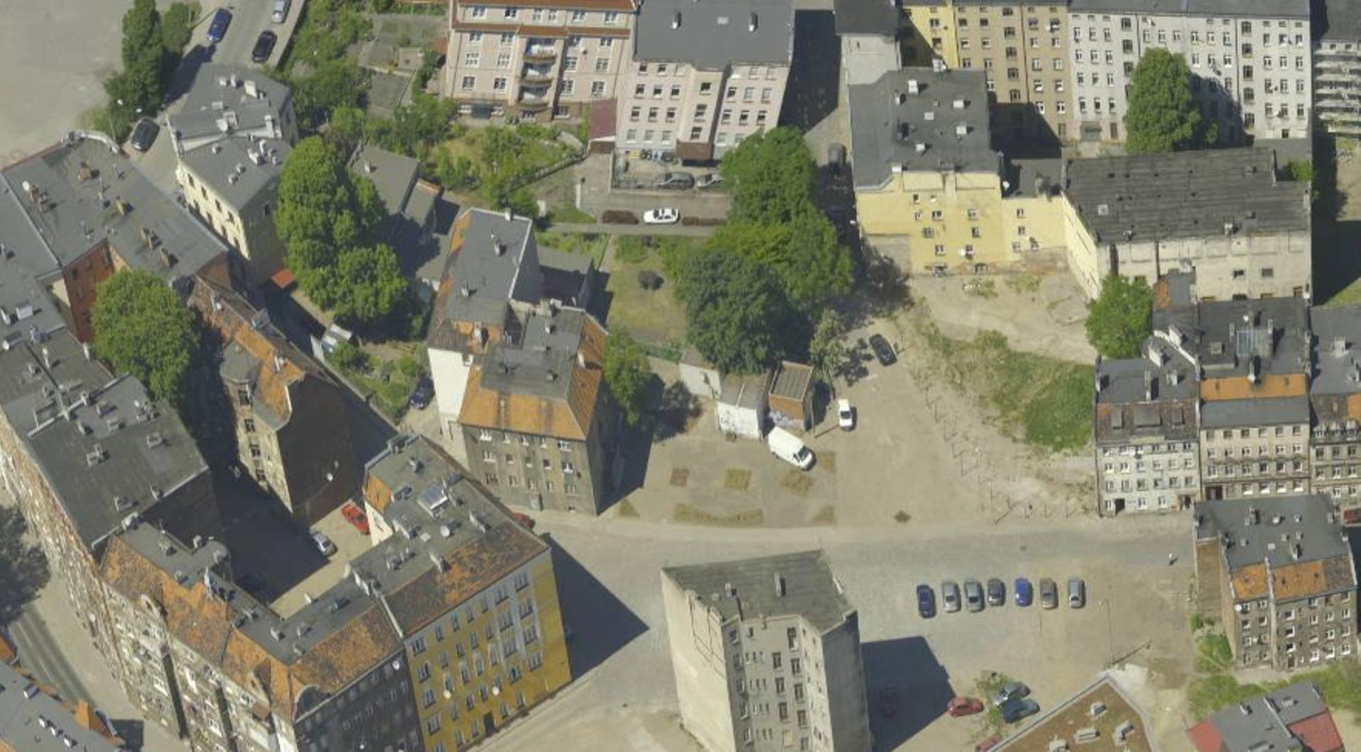 Wrocław: Nowy hotel czy blok? Miasto sprzedało posesję na Nadodrzu