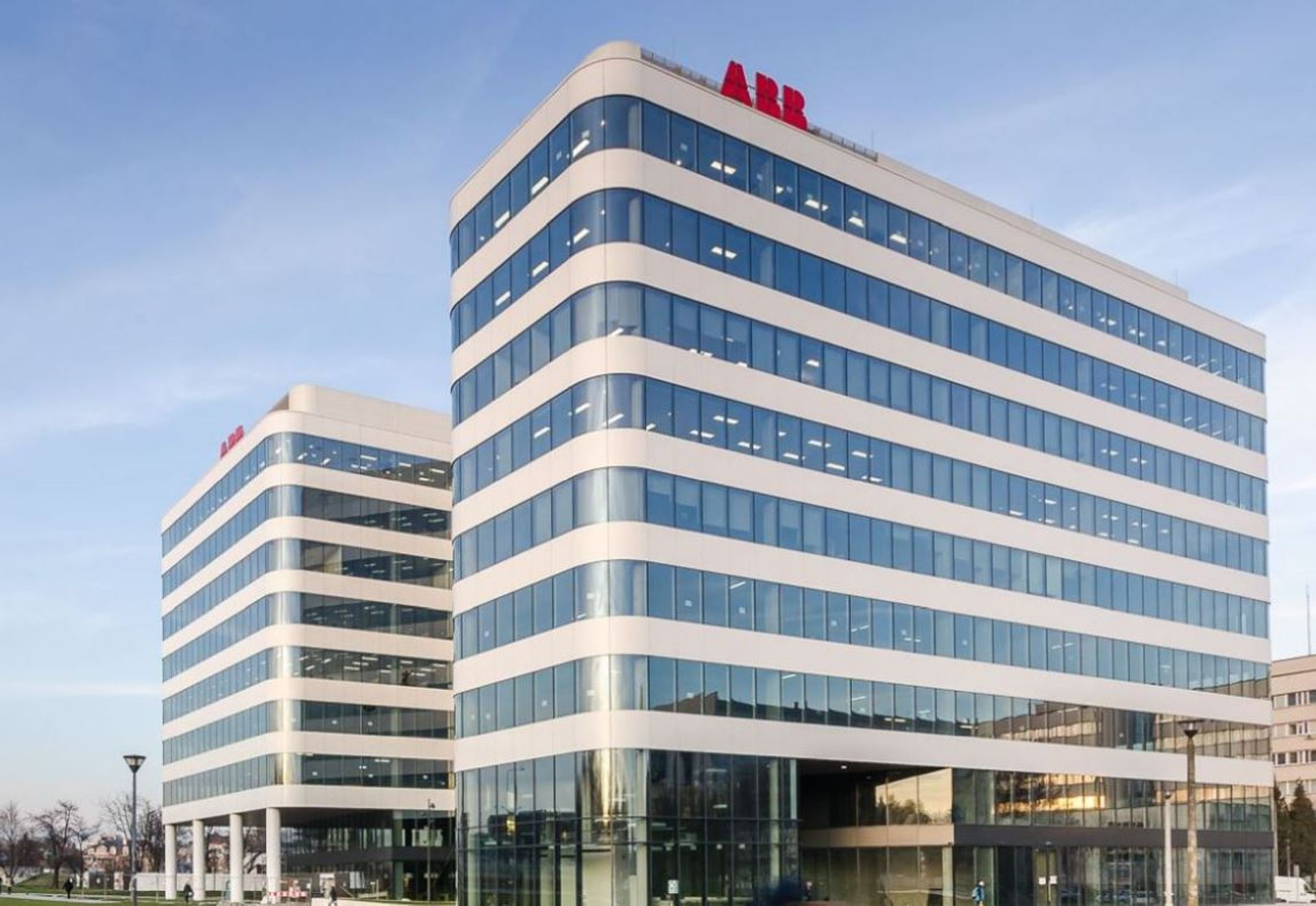 Kraków: Międzynarodowy koncern ABB i Politechnika Krakowska otwierają nowe laboratorium