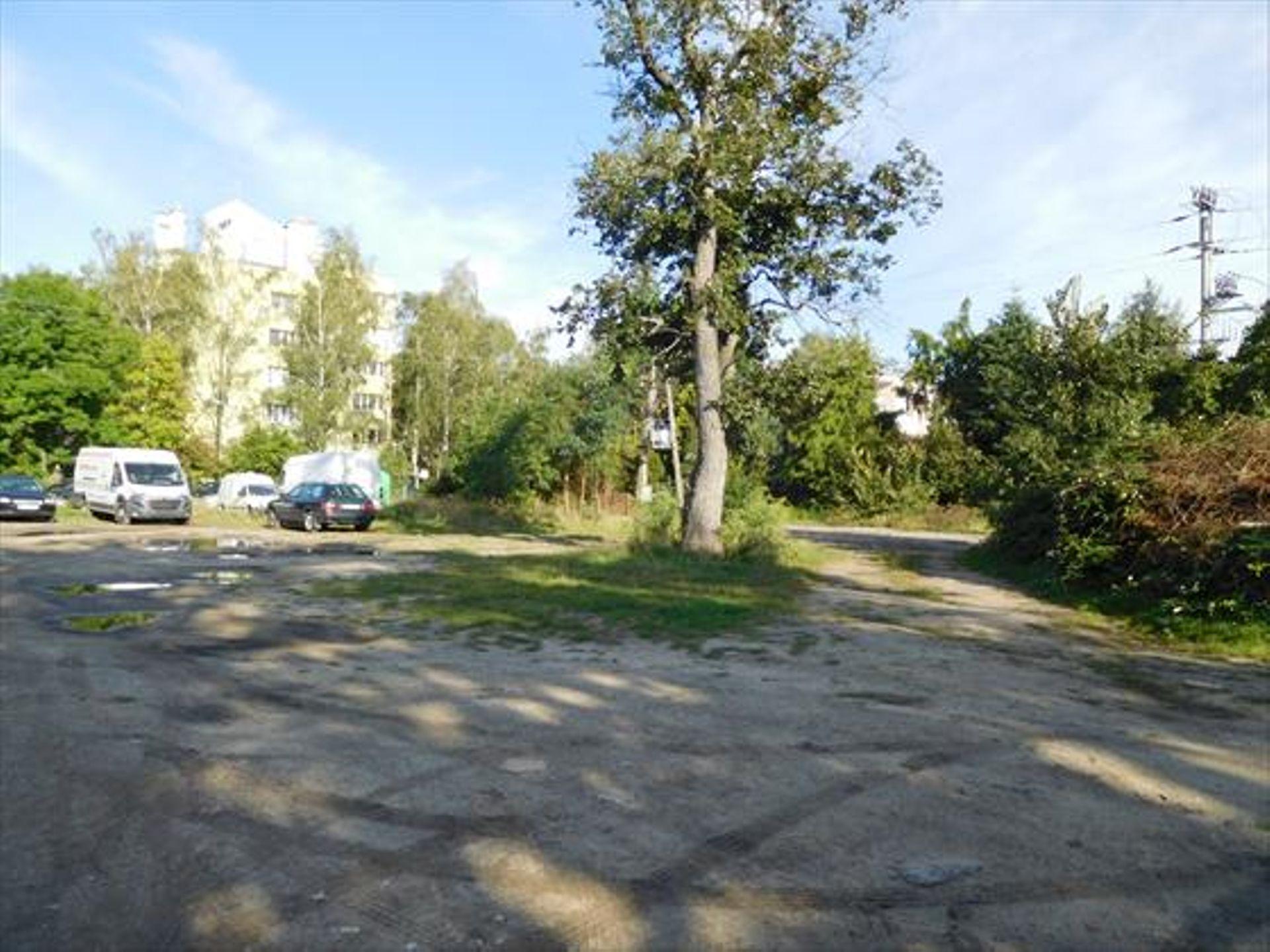 Wrocław: Miał być parking, będą biura? Miasto jednak sprzeda nieruchomość
