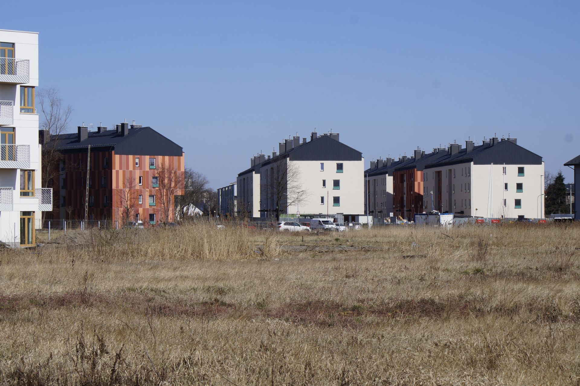 Kraków: Osiedle mieszkaniowe Przyzby-Zalesie gotowe. Oddano 5 kolejnych budynków