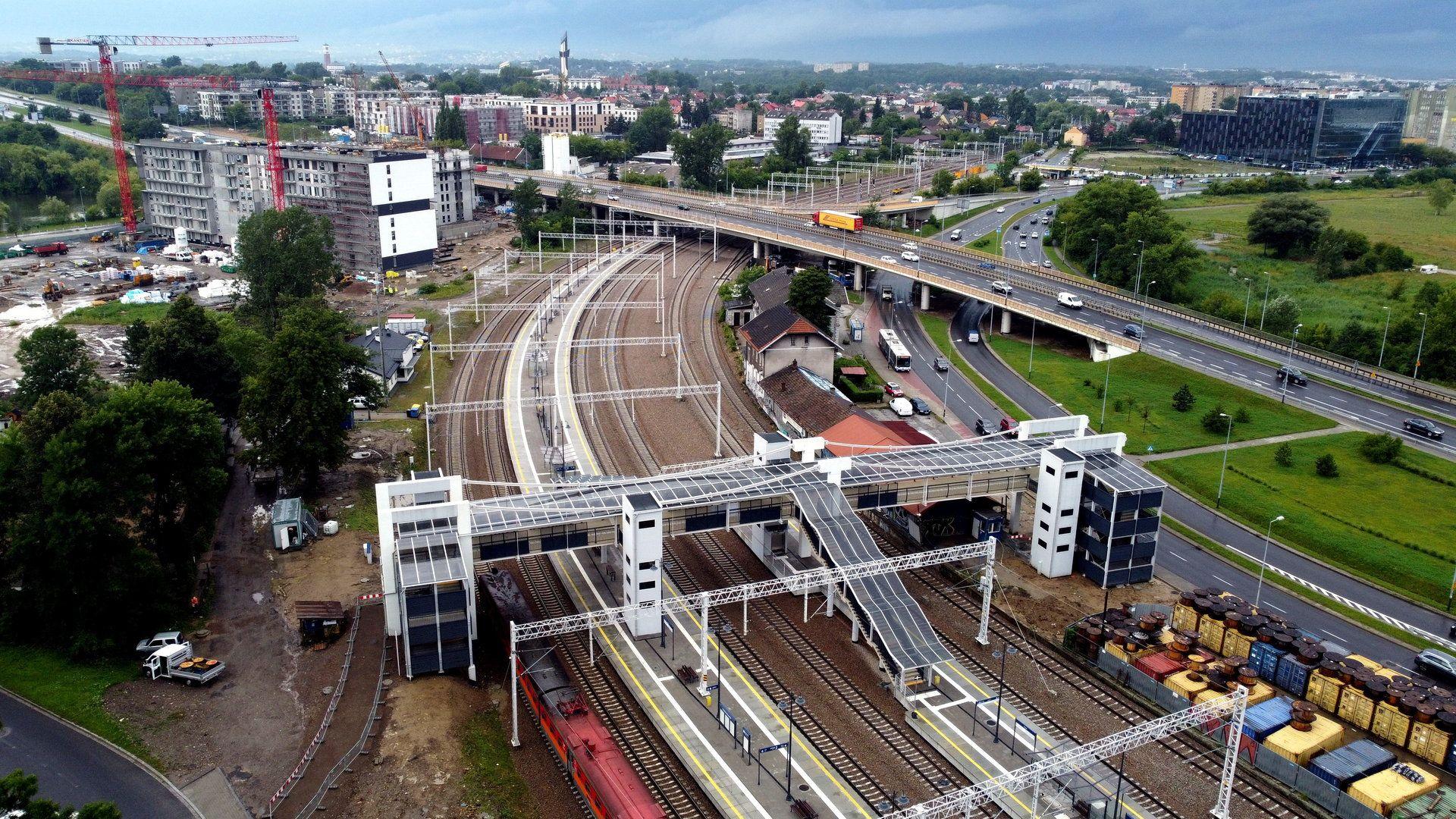Odnowiona stacja kolejowa Kraków Bonarka obsługuje już podróżnych