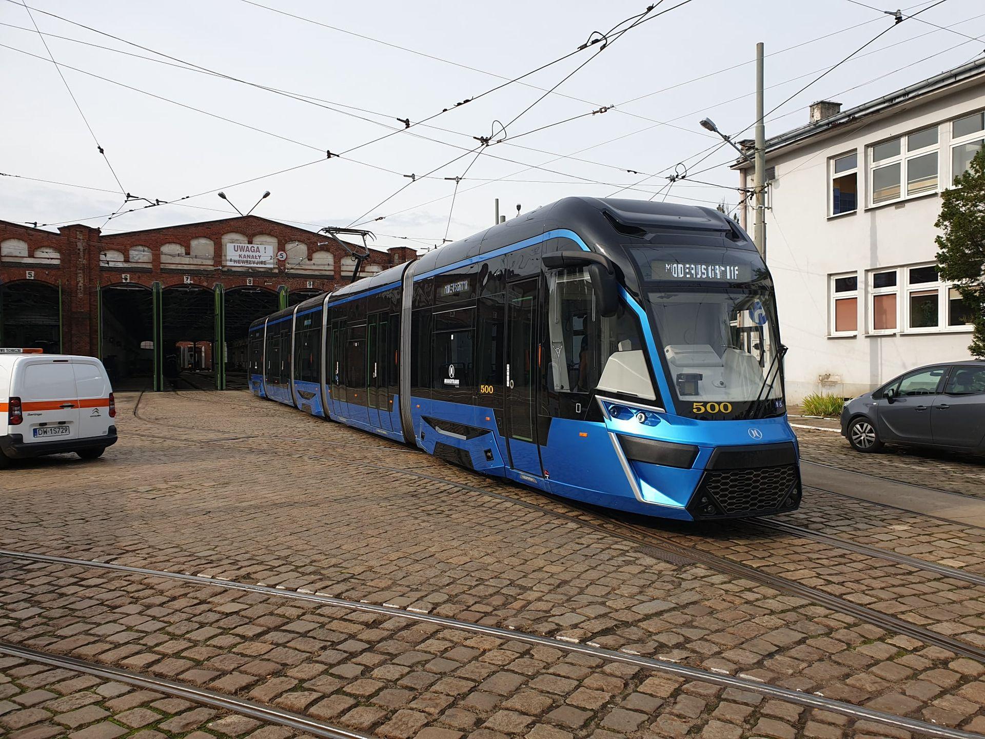 Wrocław: Są chętni na dostawę tramwajów za przeszło 200 milionów. MPK otworzyło oferty